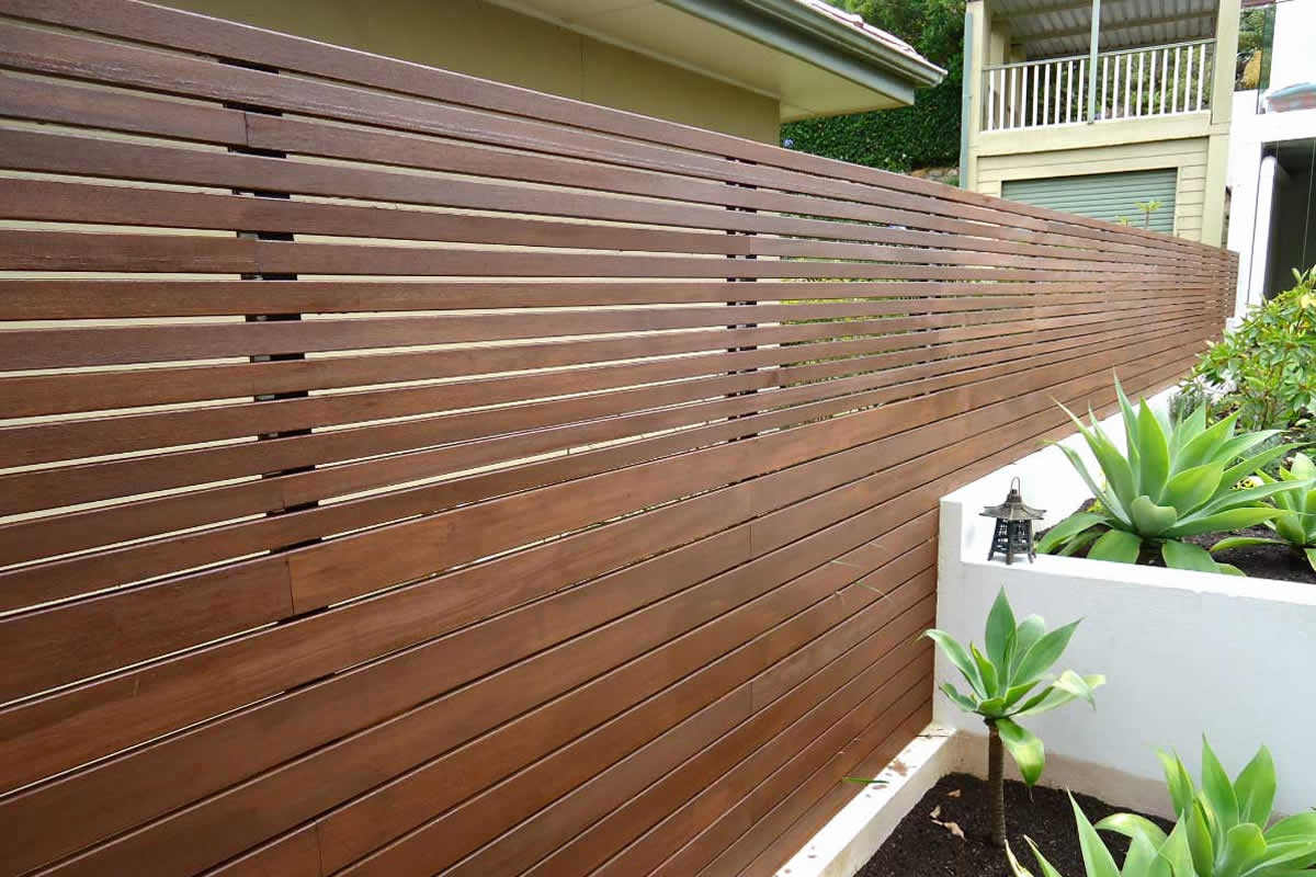 Types of Wood Privacy Fences