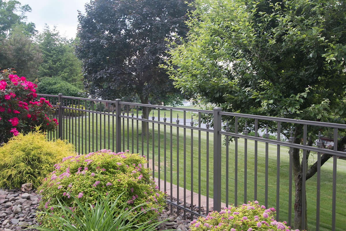 Benefits of Aluminum Fencing in Sanford