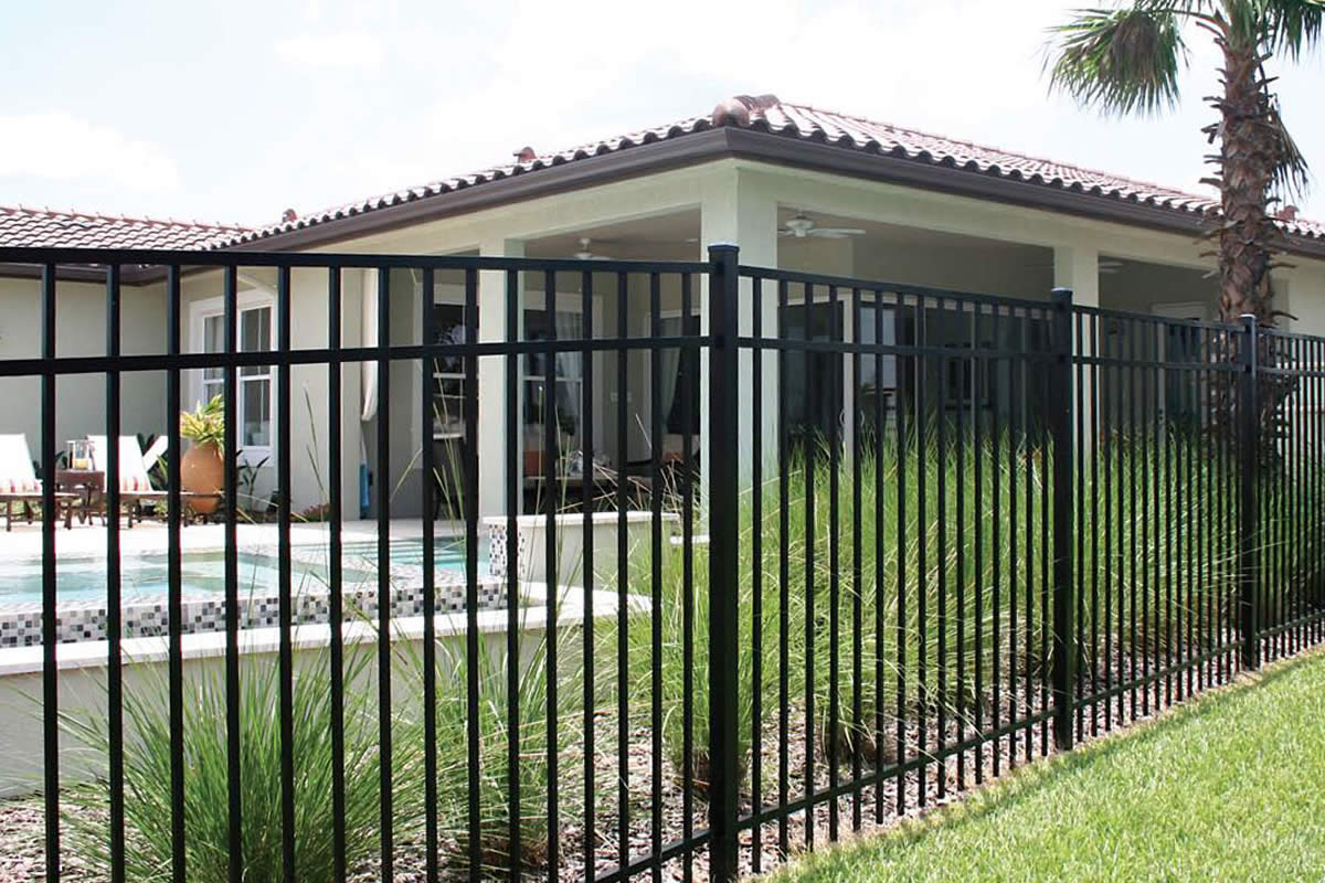 Using Aluminum Fences for Your Business Security