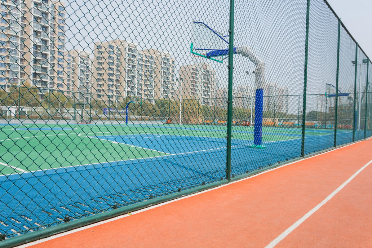 Why You Need Fences for Your Recreational Facility