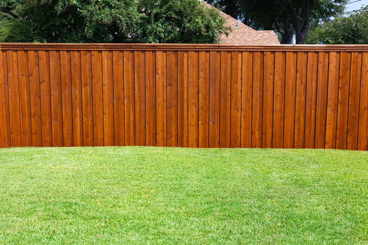 Why You May Want to Install a Wooden Fence